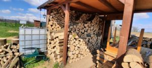 Prodej palivového dřeva levně Uherský Ostroh